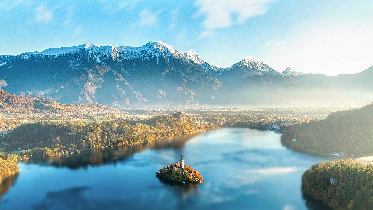Oplev den storslåede natur i udlandet
